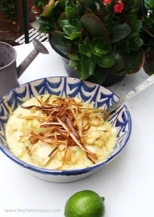 blanquette de cabillaud au curry et poireaux frits